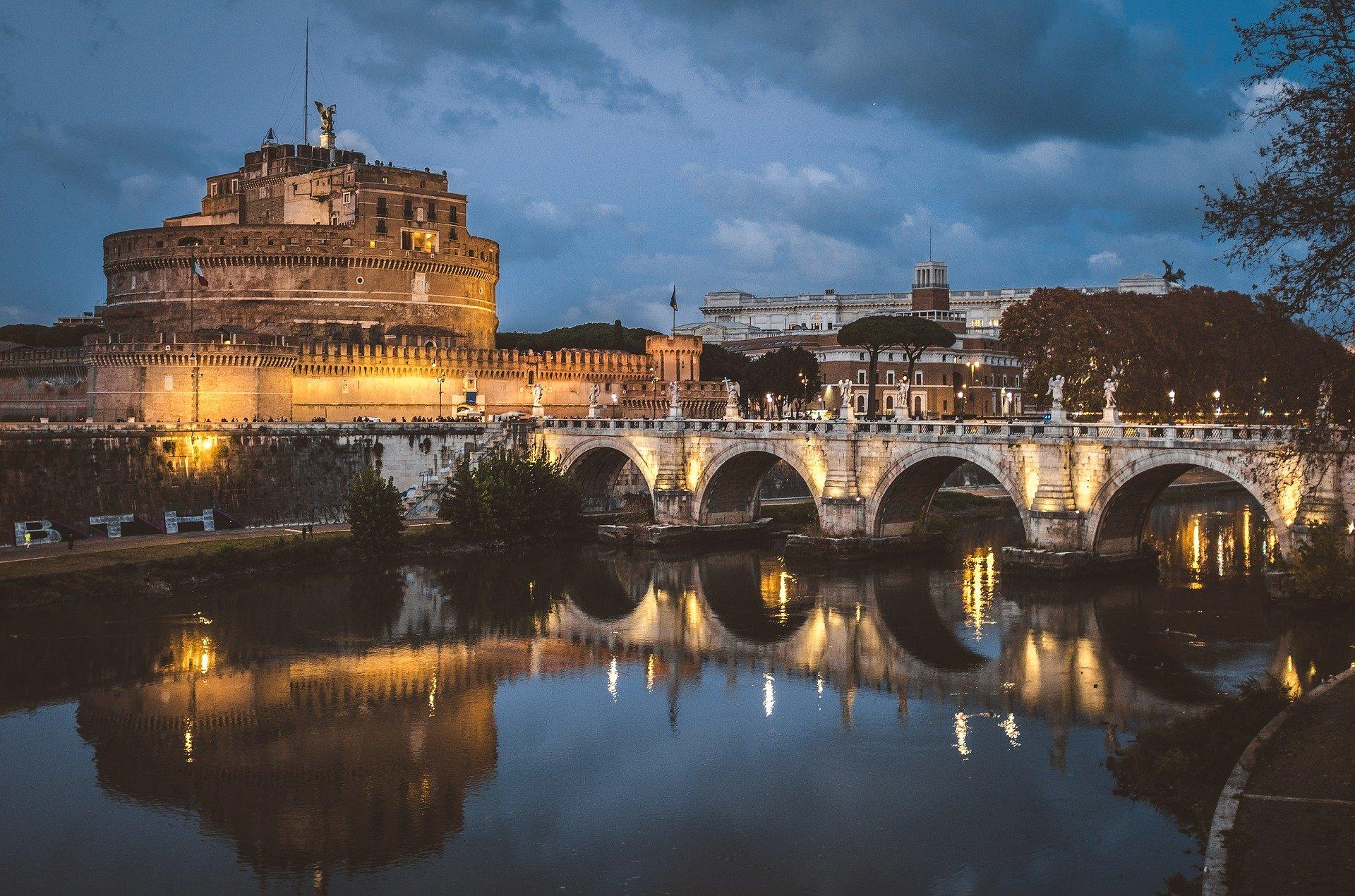גשר סנטאנג'לו - רומא בחינם